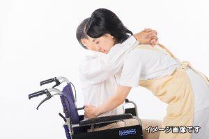老人ホーム介護イメージ